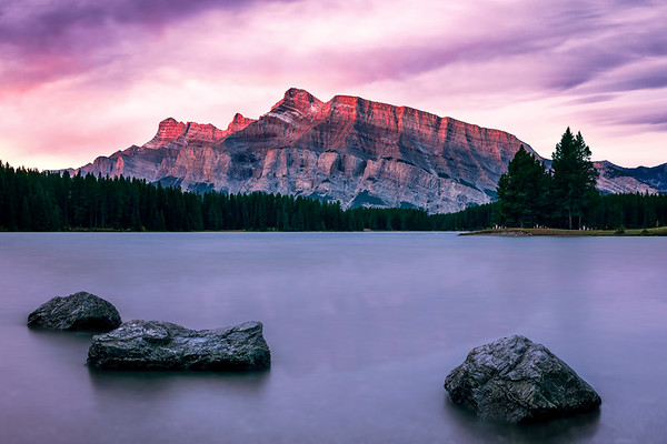 Mt Rundle Sunrise from Two Jack Lake