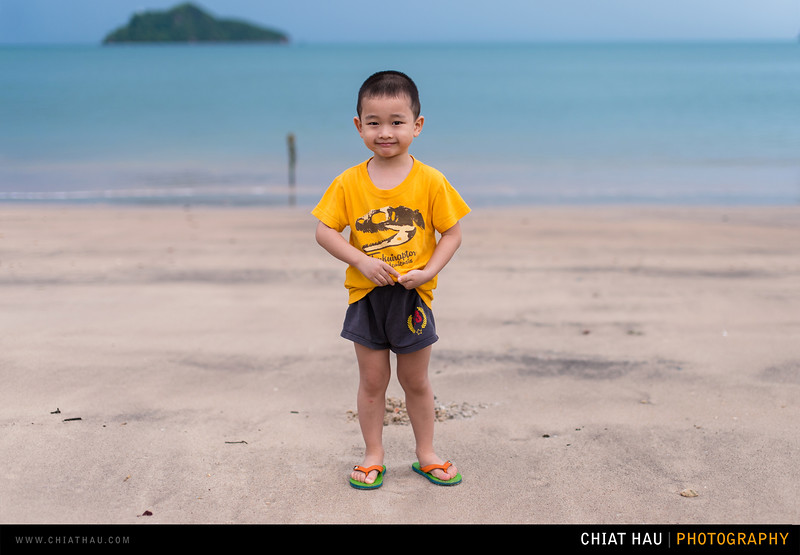 Toddler Portrait by Chiat Hau Photography(Boyz at Langkawi Beach)