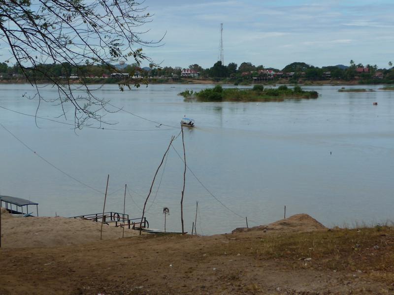 boat dock to Don Kong at Hat Xai Khun