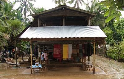 Village on the Mekong, selling their weavings.