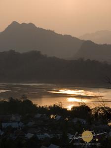 Phu Si Hills
