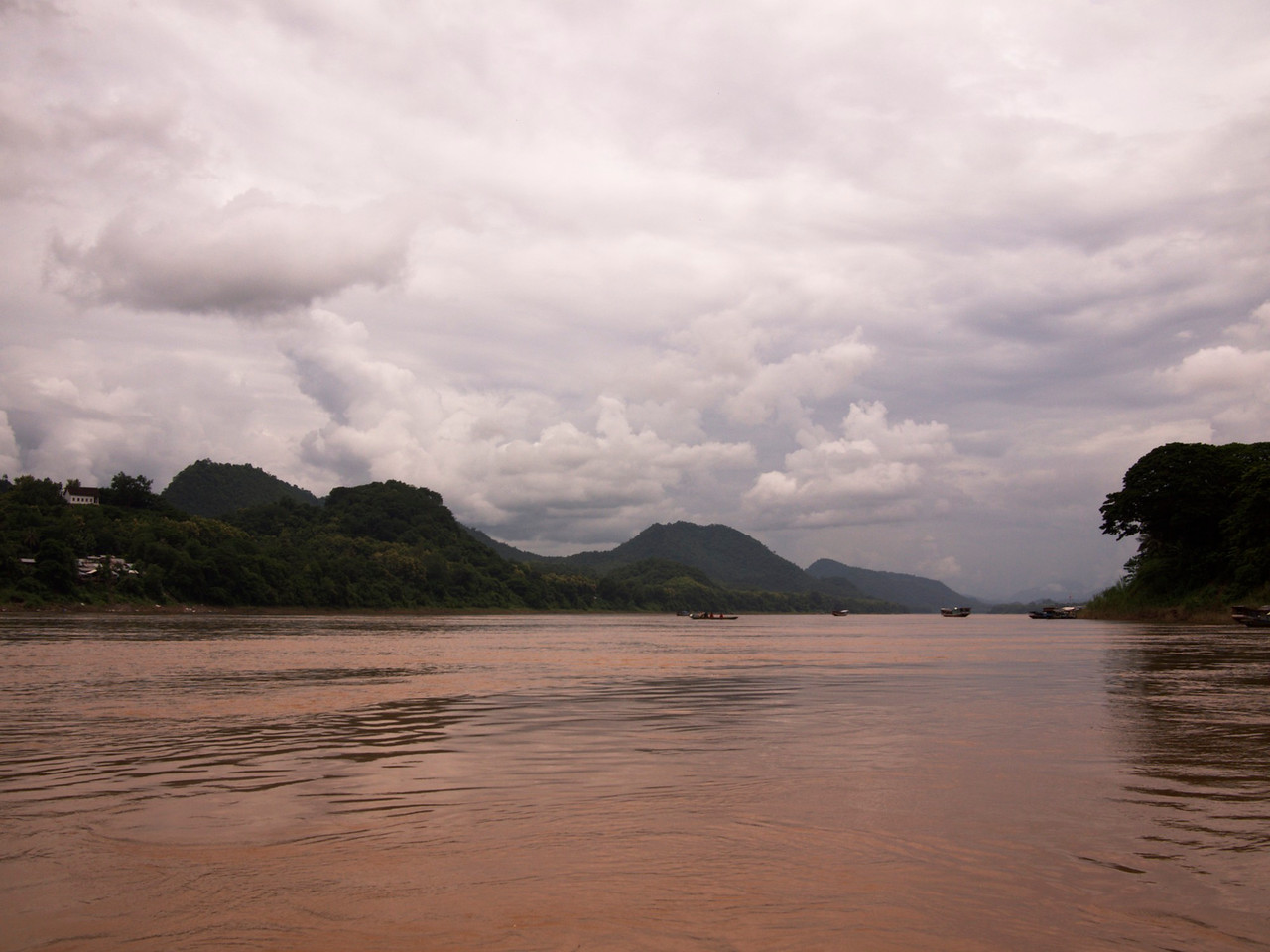 we took a boat ride on the mekong river. beautiful!