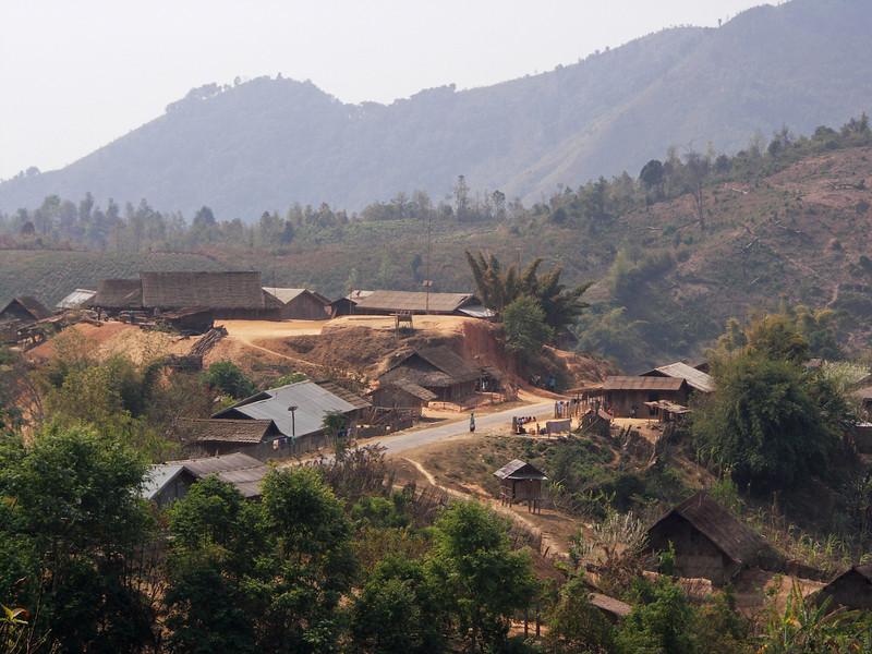 Phonesavan - Xam Neua road