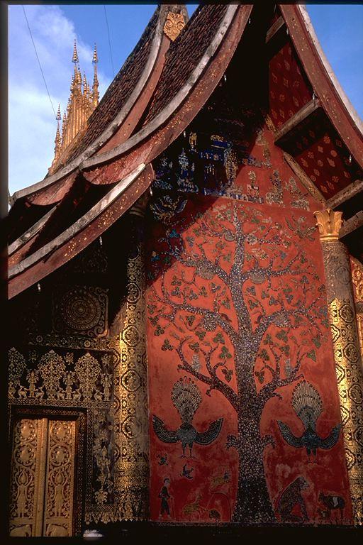 Tree detail in gold Luand Prabang, Laos