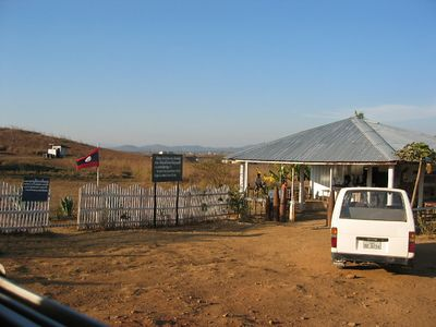 Parking area for the Plain of Jars.