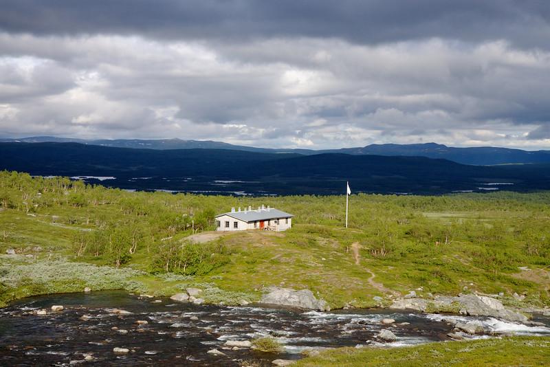 Syterstugan, mod vest over Svärfarbäcken.