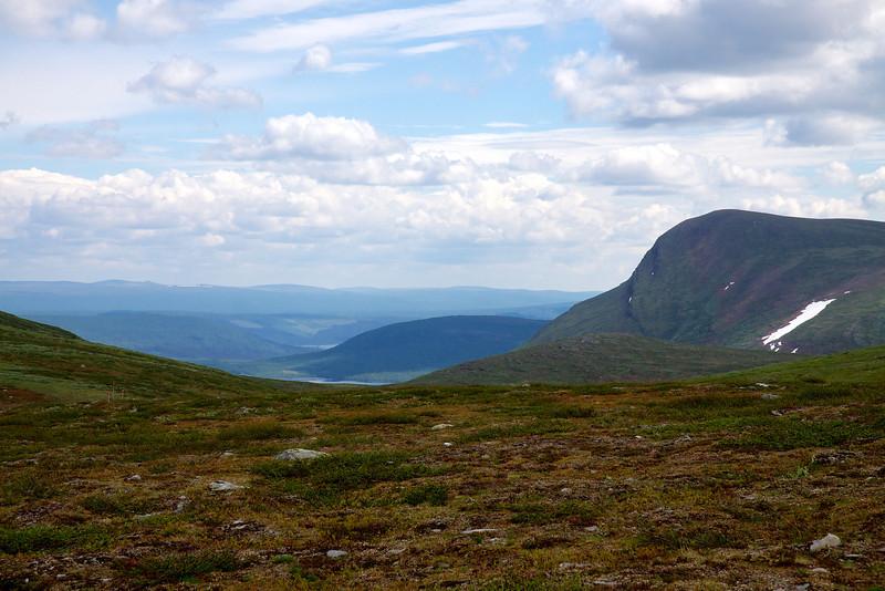 Aigert - Servestugan, vest for Vuomatjåhkka, Stuor Ajgart mod Ammarnäs.