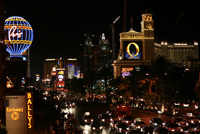 Las Vegas Strip at Night - construction