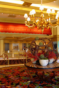 We decided to tour the Bellagio Gallery of Fine Art with paintings by Cézanne, Corot, Gauguin, van Gogh, Millet, Monet, and Renoir. No photos allowed inside and there were security folks everywhere so Cly was too chicken to break the rule.