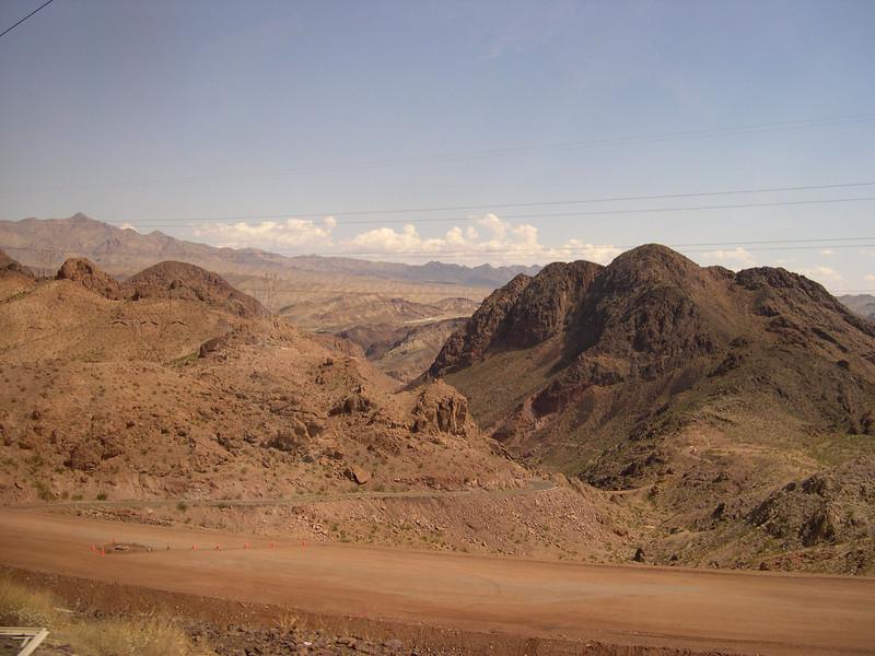 Desert en route to Hoover Dam