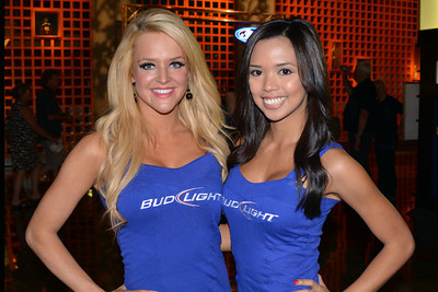 Bud Light girls 01