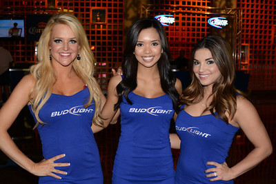 Bud Light girls 03