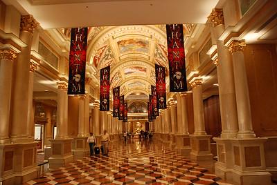 DSC_0543 - Inside the Venetian hotel