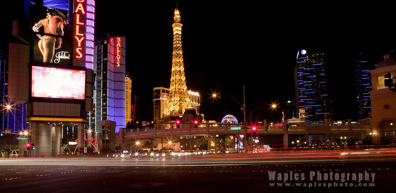 Bally's and the Eiffel Tower