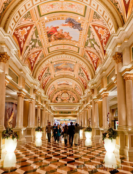 Gallery Leading to the Venetian Lobby