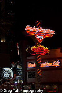 Harley Davidson Cafe - Night