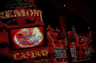 Sam Boyd's Freemont Street Neon Sign Las Vegas Jan 09-52