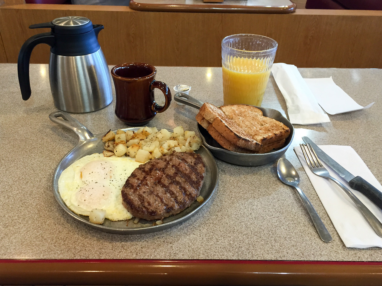 A hearty breakfast in Las Vegas.  I did not eat again until 10 pm! (Picture taken with iPhone)