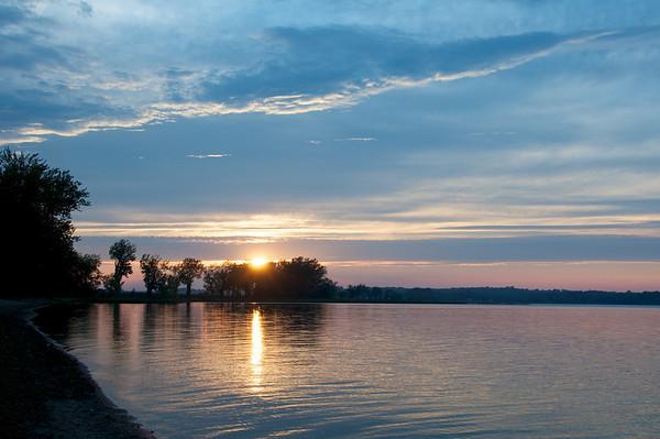 Dazzling sun set