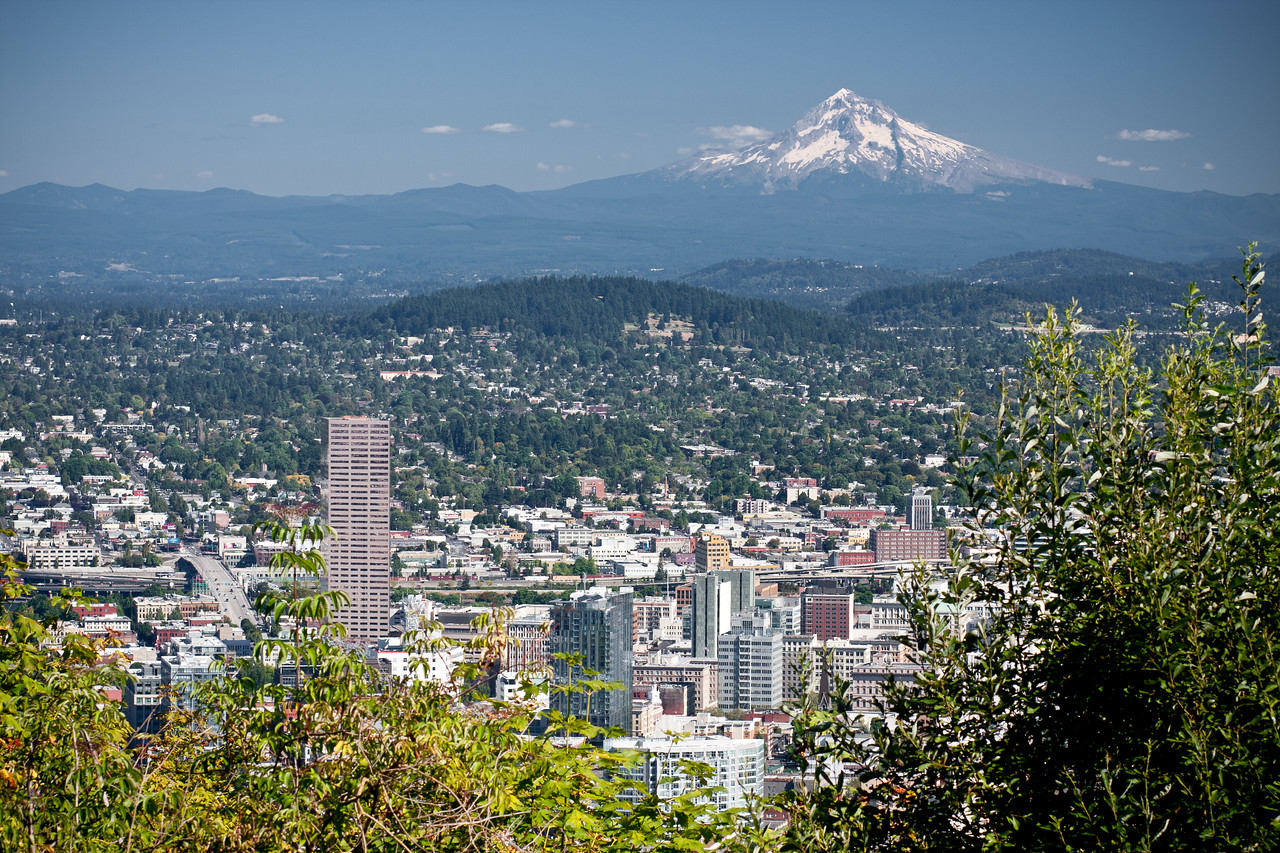 Looking over Portland from Pittock Mansion