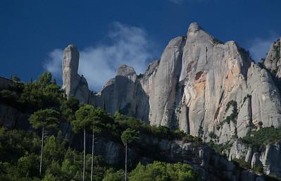 the mountains of Monsaratt.