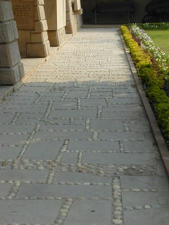 path_at_gandhi_memorial