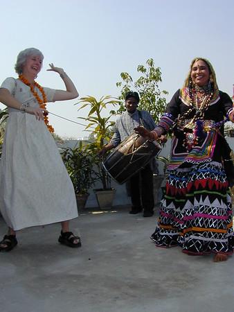 roxanne_dancing