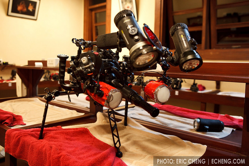 Eric Cheng's underwater rig during Lembeh Night Safaru 2010: Nauticam NA-7D underwater housing for Canon 7D, INON insect eye lens, Fisheye FIX lights, INON S-2000 strobes, XIT404 prototype tripod base, ULCS arms