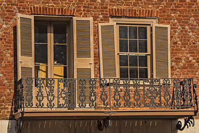 Drooping Shutters