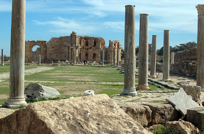 Leptis Magna - the palaestra. An exercise area used for races (note the track running around the outside of the columns), wrestling matches and other athletic activities.