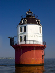 060104 Baltimore Light, Chesapeake Bay