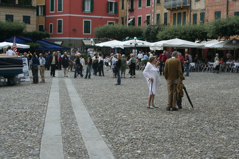 The rich boaty people hanging out in the piazza.