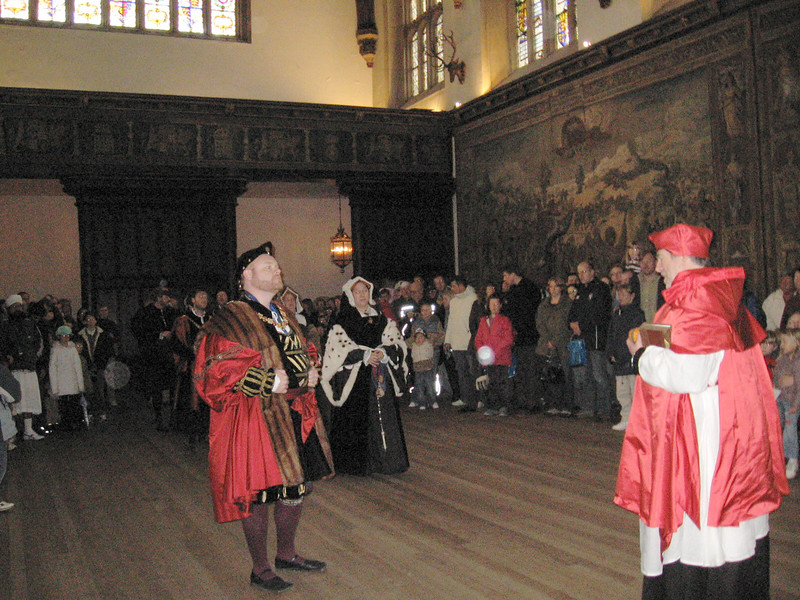 King, Henry, Qeuun Catherine and Cardinal Wolsey.