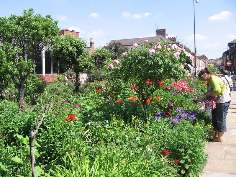 Garden, Shakespeare's Birthplace, Stratford-upon-Avon