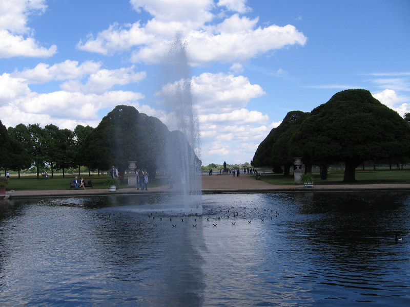 Fountain, Hampton Court Palace
