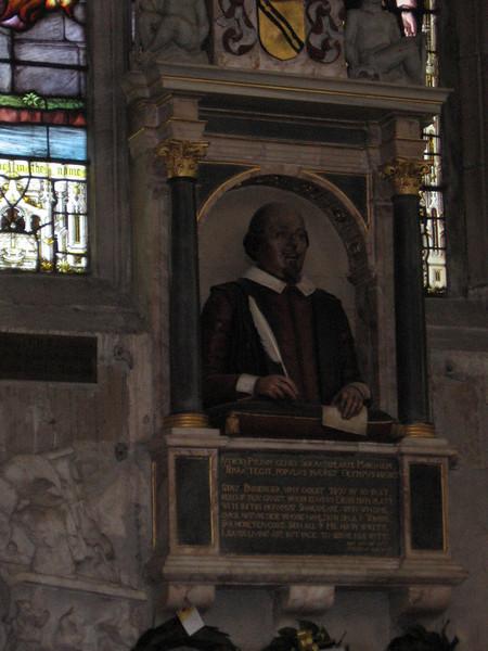 Monument fo William Shakespeare, Holy Trinity Church, Stratford-on-Avon