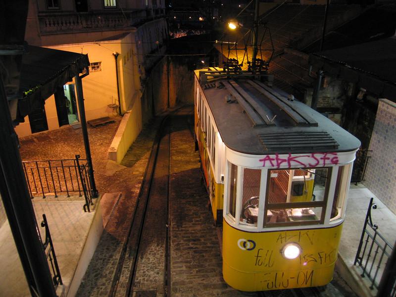 2006-03-11-20-07-39-0039C