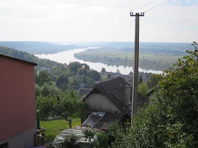 Toeristische route langs de rivier