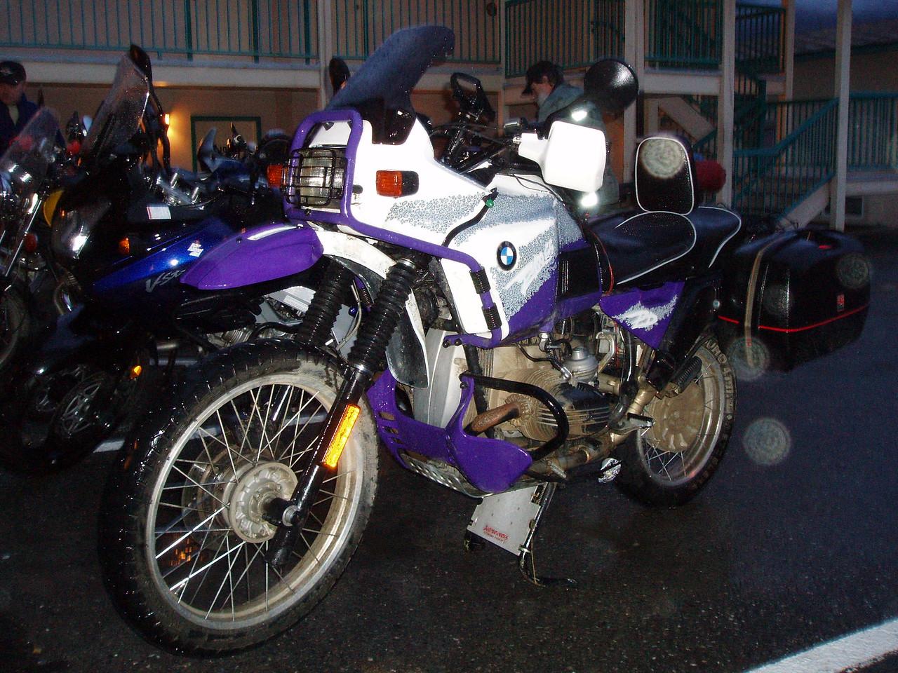 Wayne's very nice BMW GS PD