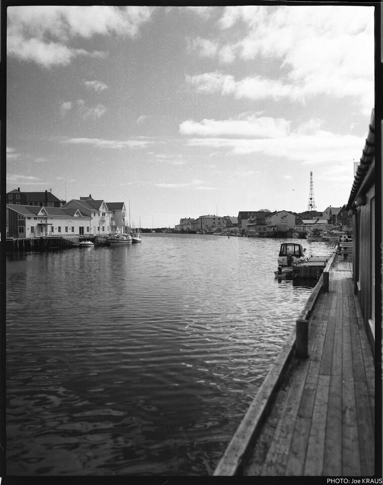 Henningsvær Canal
