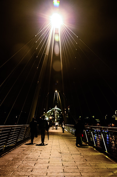 Golden Jubilee Pedestrian Birdge at Night