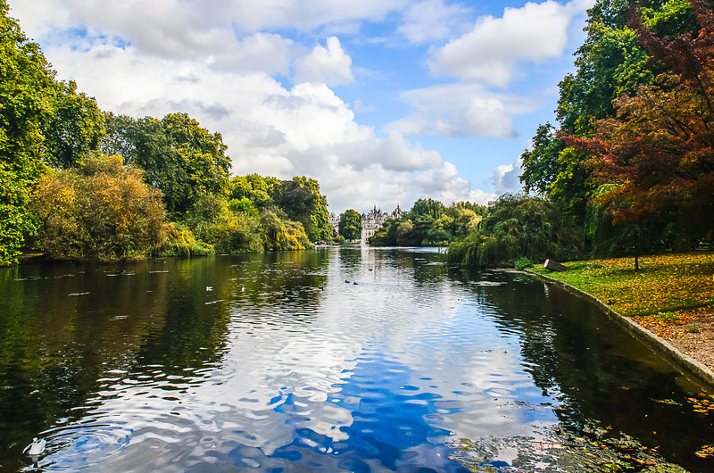 Blue Bridge in St James Park