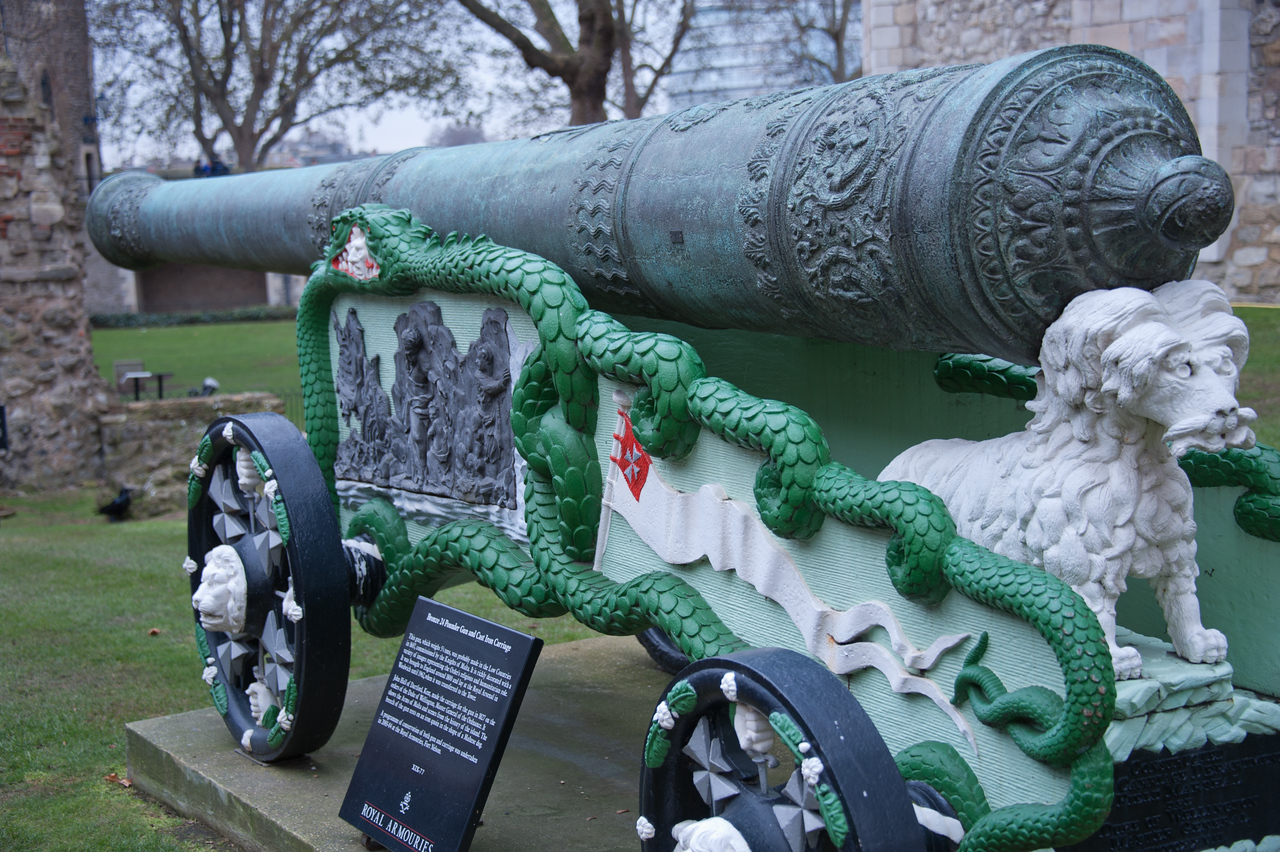 Canon Tower of London