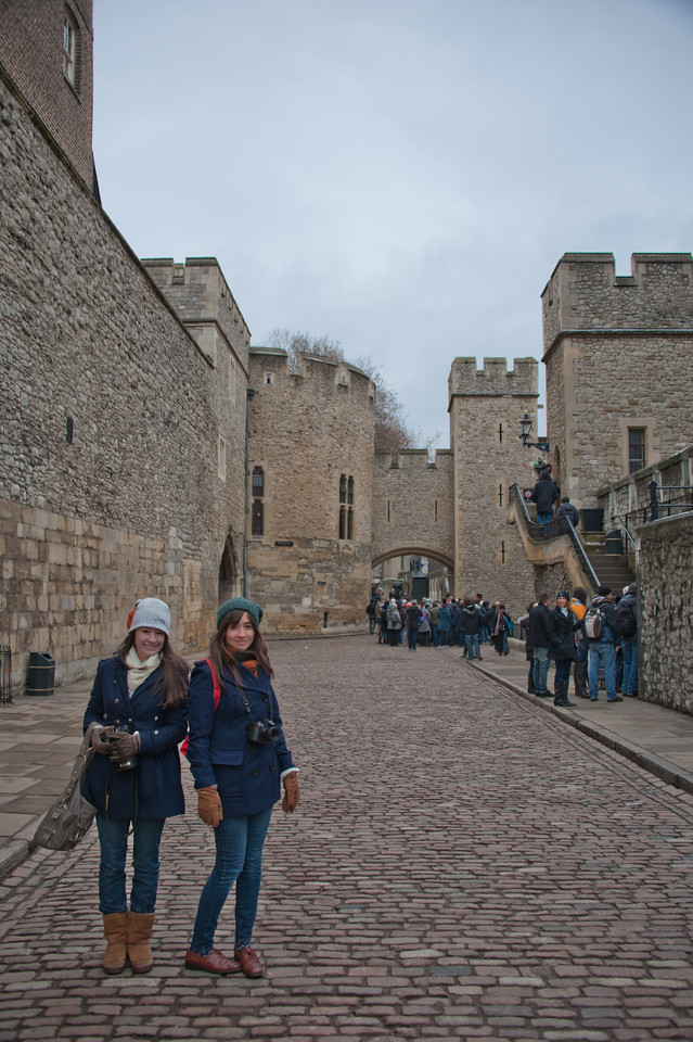 Isabella and Mia in the Tower of London.