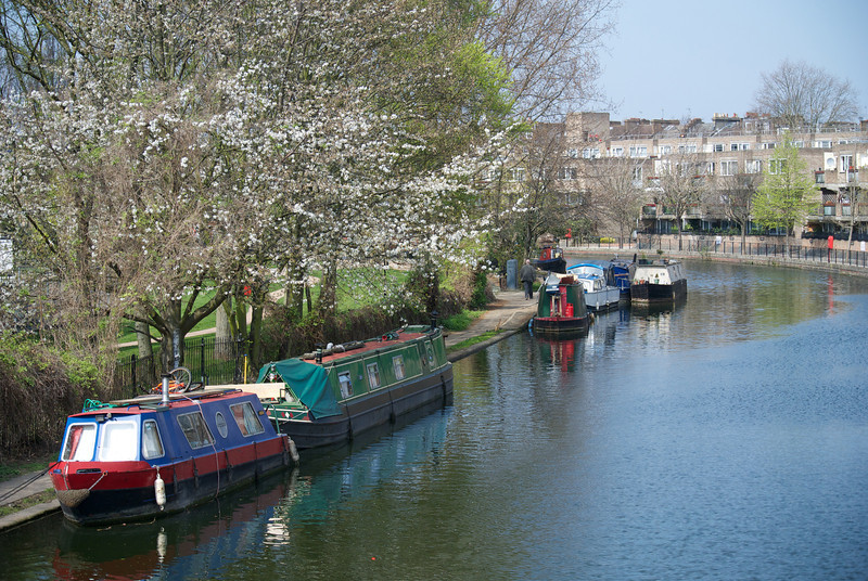 London: Little Venice, north of Paddington