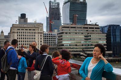 London Bridge Tourists