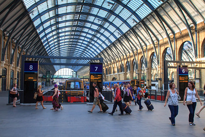 Kings Cross Station Platform