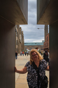 Lauralea on the Way to the Millenium Bridge