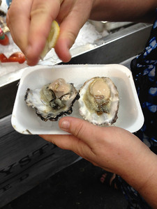 Oysters for Breakfast at the Borough Market