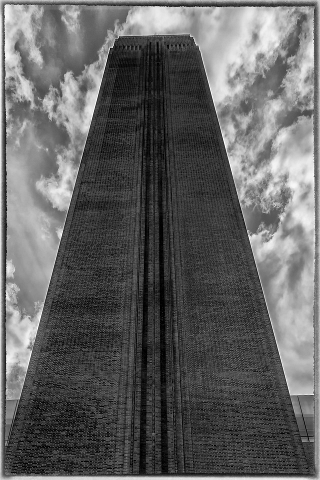 Tate Modern looking ominous